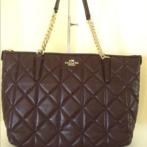 Coach quilted chain handle tote 👜